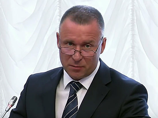 Глава региона сам попросил президента перевести его на другую работу по семейным обстоятельствам