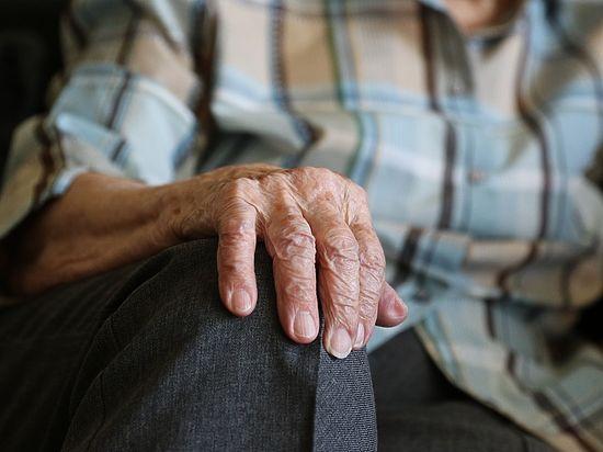 Шанс, что хоть один в мире человек проживет еще дольше, оценивается в 1 из 10 000