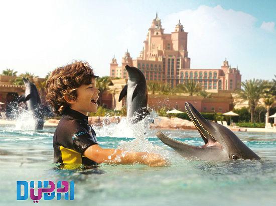 Самое высокое здание в мире, самый большой в мире аквариум, самый большой в мире торговый центр, самый роскошный отель — и все это Дубай