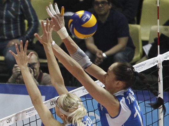 Чемпионки России по волейболу провели тренировку перед стартом чемпионата России