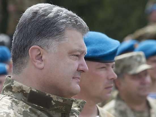 На Украине внимательно изучили биографию своего президента и не нашли свидетельств о том, что он где-то воевал