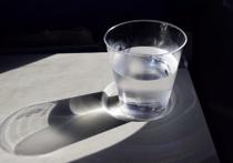 Исследование, проведённое австралийскими специалистами из  Университета Монаша, показала, что человеку, вопреки распространенному мнению, не нужно каждый день выпивать определенное и фиксированное количество воды