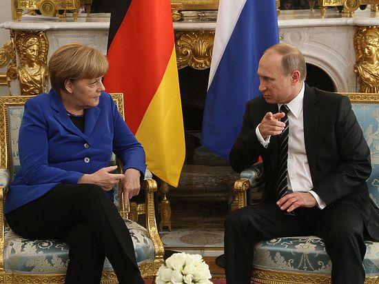 Меркель предложила Путину вместо переговоров с Олландом поужинать в Берлине