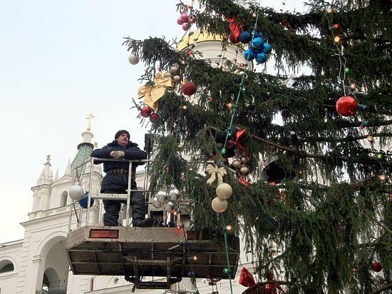 А еще около 18 миллионов будет стоить доставка дерева и перевозка детей на праздник