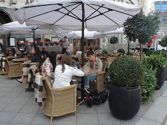 В Москве изменятся правила размещения летних кафе