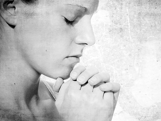 Также посетителям вручалась молитва «Слава Богу!»