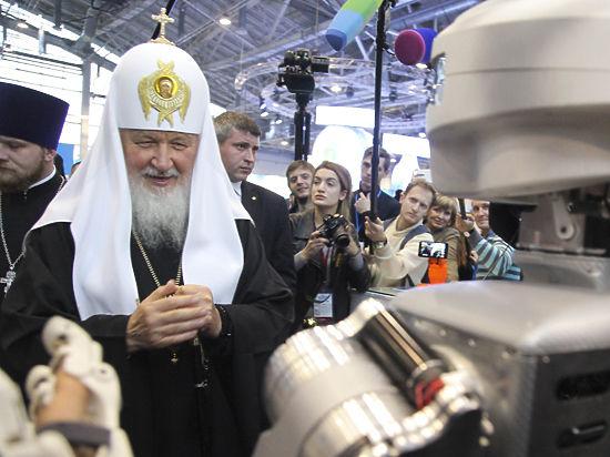 Патриарх Кирилл благословил отъезд россиян за границу