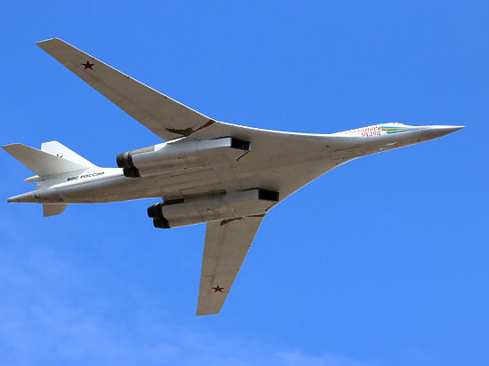 Россия возобновляет серийное производство самых мощных ракетоносцев Ту-160