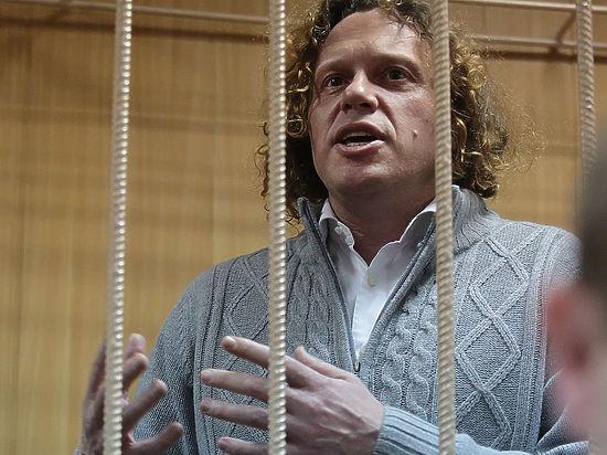 Адвокат бизнесмена наставивает на том, что подзащитный невиновен — ведь «Кутузовская миля» вовсю строится