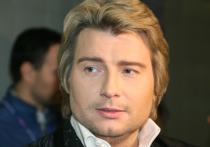 Самые известные медиа-персоны поздравляют в эти выходные с днём рождения Николая Баскова - 15 октября он отметил юбилей