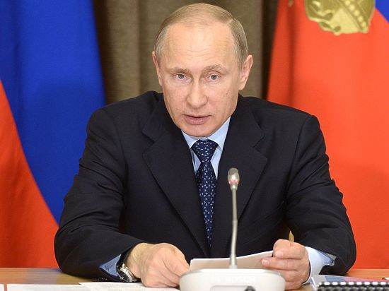 Путин рассказал об отношениях с США и показал Западу фигу