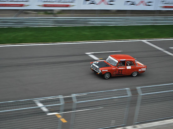 Как выиграть автомобильную гонку на советской «классике»