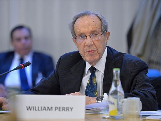 Уильям Перри: «Мы воссоздаем условия, наблюдавшиеся в эпоху «холодной войны» и приближавшие нас к возможной катастрофе»