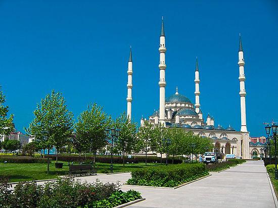 Чечня и ДНР заключили соглашение о сотрудничестве в туристической сфере