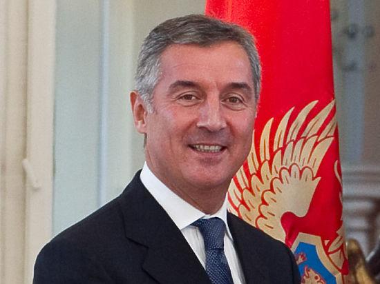 Сторонник вступления в НАТО Джуканович просчитался: Туркменбаши возможен в Азии, но не в Европе
