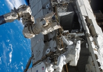 Украинская космическая отрасль может занять лидирующие позиции в организации полетов на Луну, и даже построить там собственную станцию, однако для этого Киеву не хватает денег