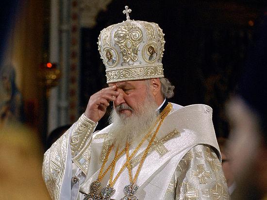 Тем не менее, его пресс-секретарь добавил, что монархия и церковь — две опоры традиционных ценностей