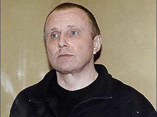 Сейчас он переведен в Москву для показаний против Михаила Ходорковского