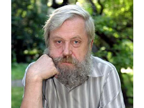 «Когда дети достигли более или менее сознательного возраста, Федор Михайлович взвалил на них обязанность смешивать табак двух видов»