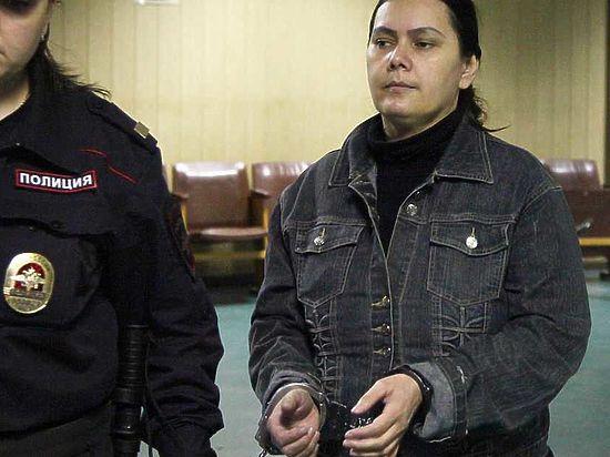 Няня-головорезка ответила на первые вопросы судьи