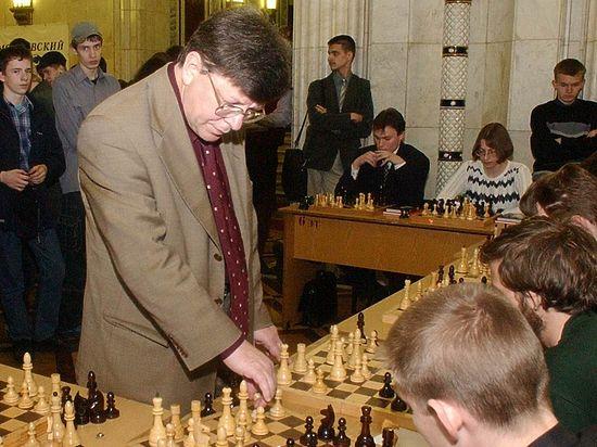 Евгений Яковлевич скоропостижно ушел из жизни в возрасте 73 лет