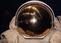 Долговременное пребывание в космосе приводит к ослаблению мышц спины, которое сказывается даже спустя долгое время после того, как человек возвращается на Землю