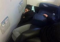 Елена Ваенга хотела всего лишь поблагодарить стюардесс, которые помогли певице пережить тяжелый для нее перелет на Сахалин, но в итоге поссорилась с подписчиками своего аккаунта в социальной сети