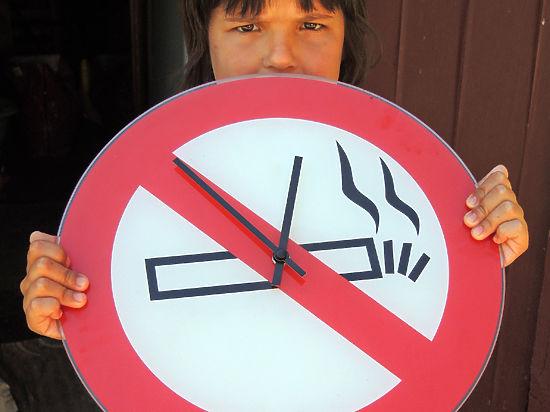 Названа неожиданная причина, по которой подростки начинают курить