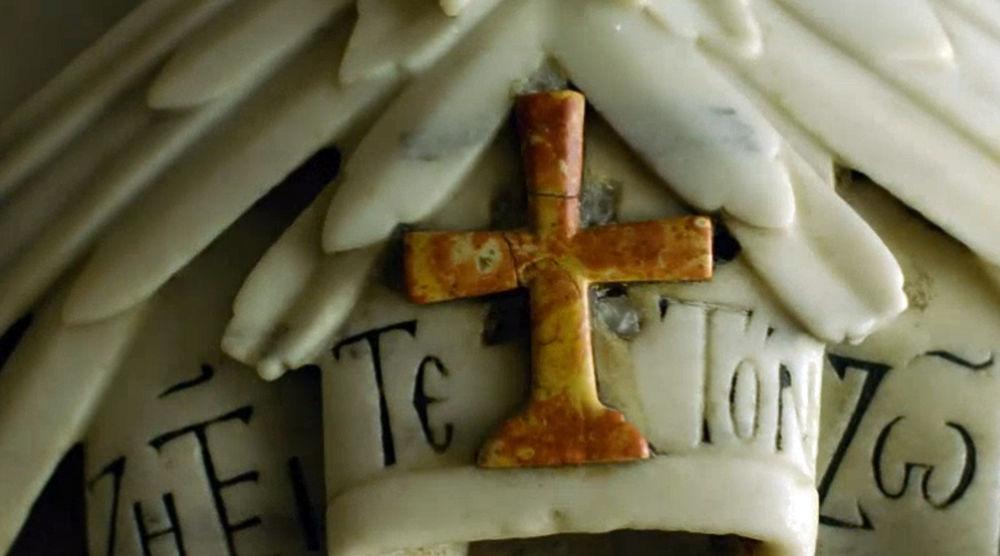 В Иерусалиме вскрыли гроб Иисуса Христа и нашли множество камней