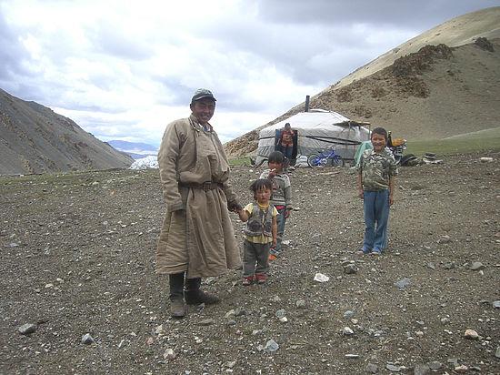 Тульские археологи изучают монгольский Алтай