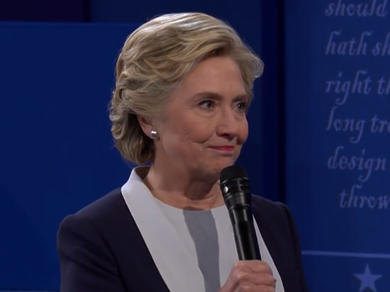 «Это странно»: Хиллари Клинтон контратакует директора ФБР
