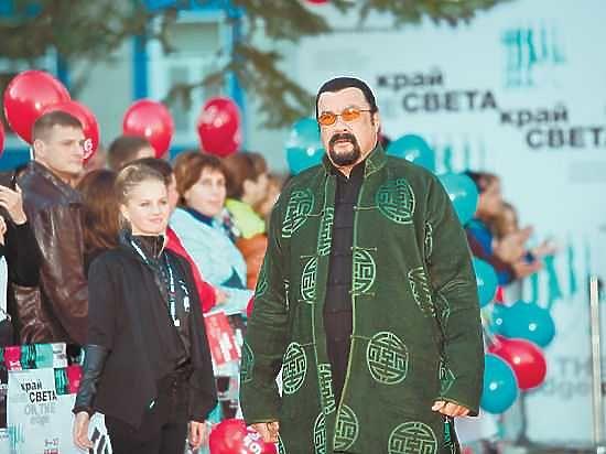 Сигала отверг театральный бомонд Москвы, зато его ждут на Сахалине