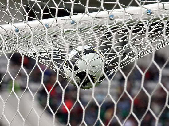 Непригодно для игр: ФИФА