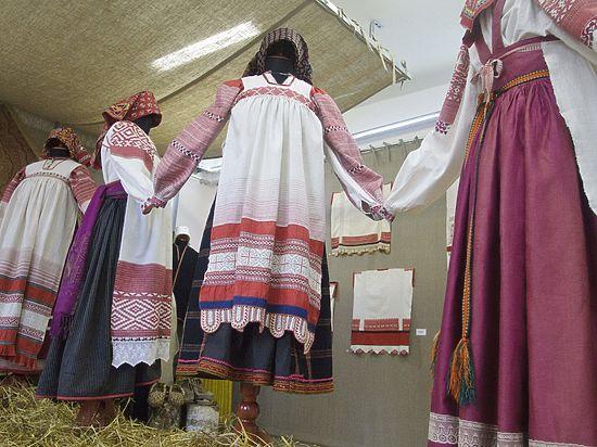 В Туле проходит выставка этнографического костюма