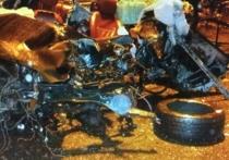На «Ягуаре» разбился военнослужащий, но неясно, кто был за рулем