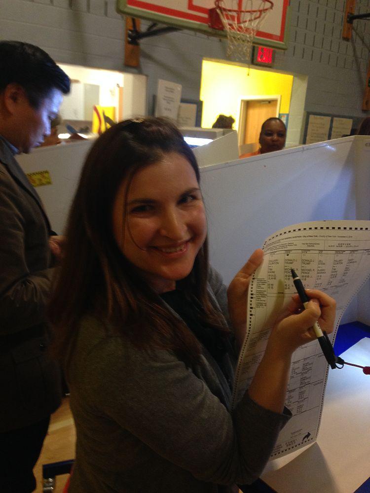 Россиянка без гражданства США провокационно проголосовала на выборах президента