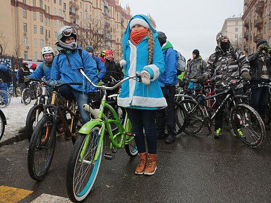 Для удовлетворения запросов горожан, предпочитающих кататься в холодное время года, достаточно будет оставить в пунктах проката 10 % двухколесного транспорта