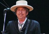 Нобелевский лауреат по литературе Боб Дилан решил не ехать в Стокгольм в декабре для получения награды