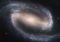 Много миллиардов лет назад во из заполнявшего Вселенную газа стали формироваться звёзды и галактики, и это сделало космос таким, каким он является сегодня