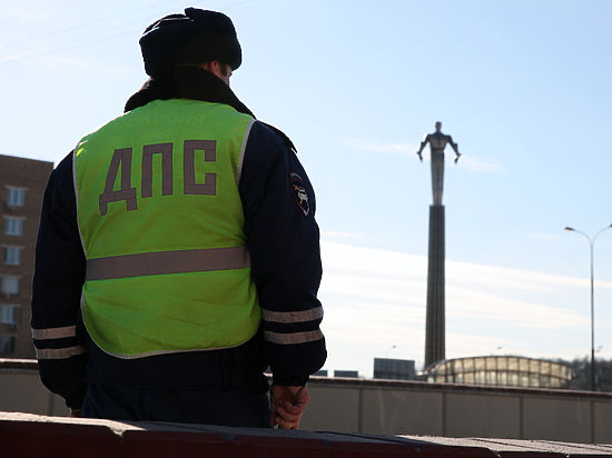 «Слишком умных и нервных» водителей начнут штрафовать на 5000 рублей