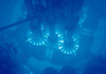 Американские специалисты из Национальной лаборатории Айдахо сообщили, что им удалось создать компактный и при этом мощный ядерный реактор, который можно было бы применять для обеспечения энергией будущих баз на Луне или на Марсе