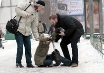 Учиться ходить заново: гололедица ожидается в Москве