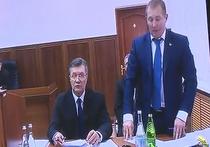 Луценко в ходе видеомоста с Януковичем объявил его подозреваемым