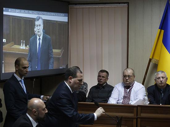 А украинский генпрокурор обвинил его в государственной измене