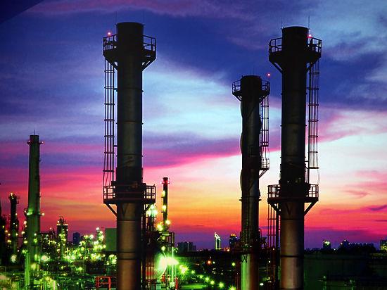 Эксперты признали, что цену на нефть определяет Бог