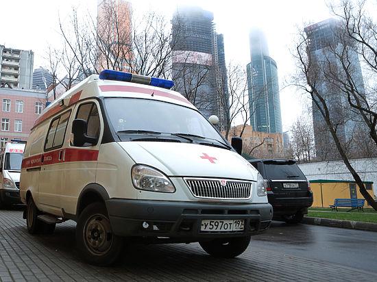 В Москве многодетная мать умерла, подавившись салатом на корпоративе