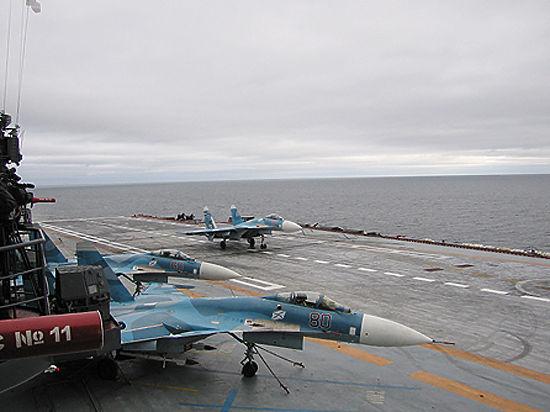 Эксперт сравнил аварию Су-33 на «Адмирале Кузнецове»  с американскими авиакатастрофами