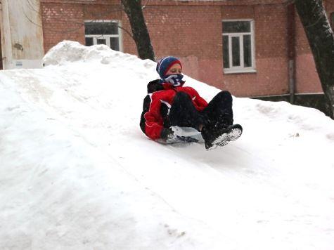 В Курске обустроят две безопасные ледяные горки