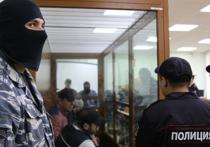 Московский окружной военный суд во вторник по делу об убийстве политика Бориса Немцова перешел к стадии предоставления доказательств стороной защиты