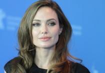 Анжелину Джоли прочат в генсеки ООН